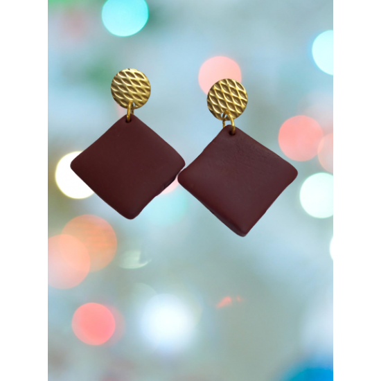 Handmade square earrings made of clay in burgundy color combined with steel gold clasp X16